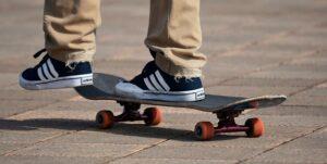best longboarding shoes